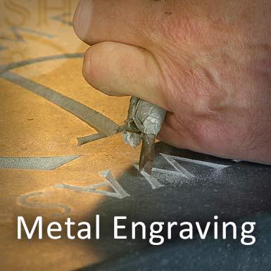 حکاکی روی فلز با دست